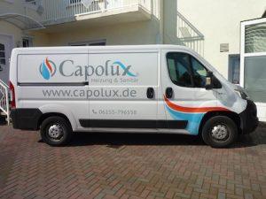Fahrzeugbeschriftung Beispiel an einem Kleintransporter.
